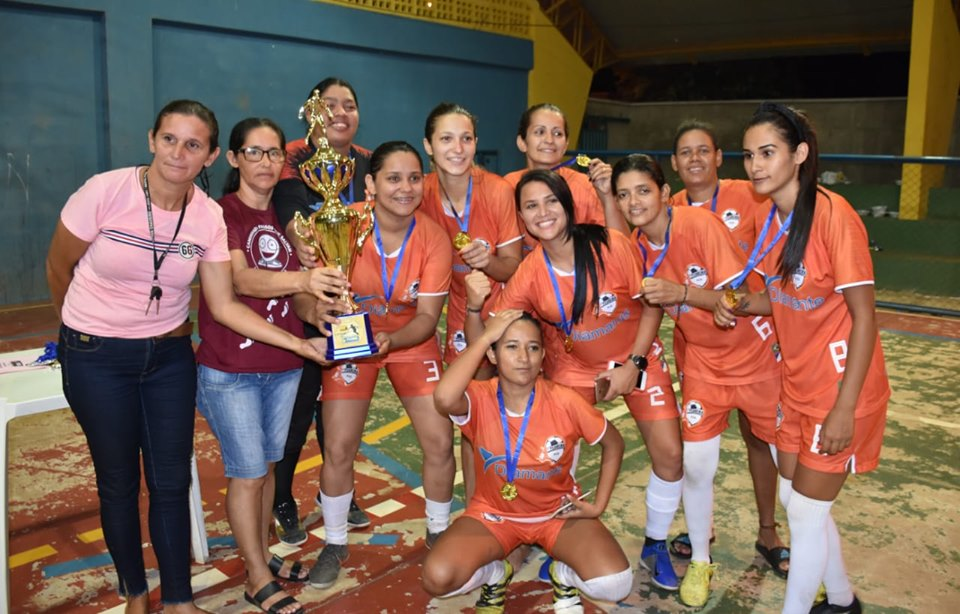 Pugmil realizou o Primeiro Torneio de Futsal Feminino