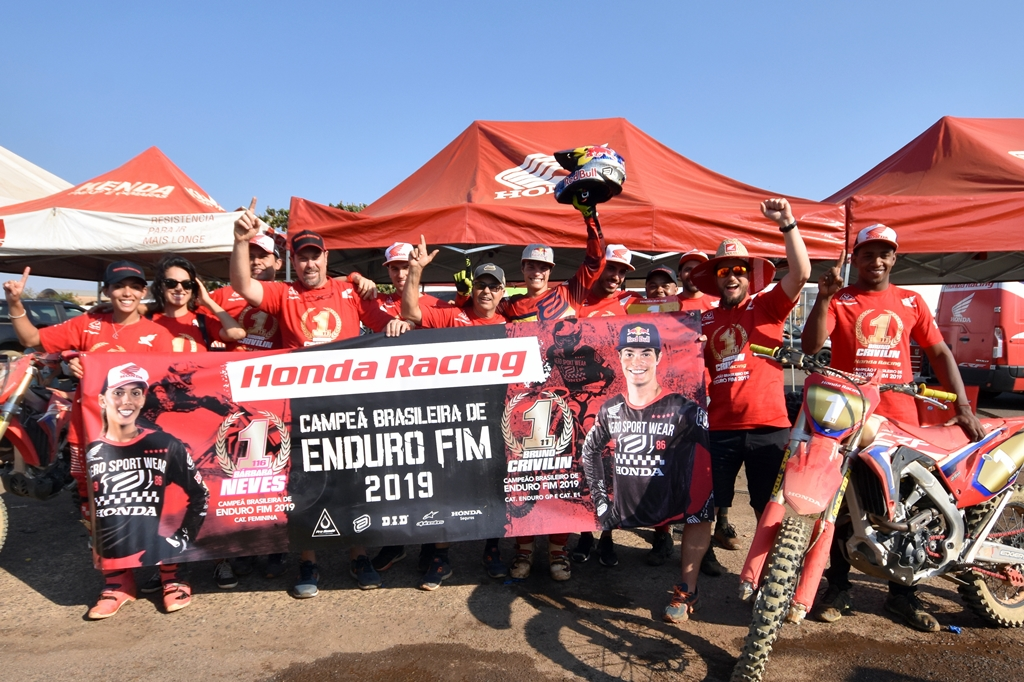 Bruno Crivilin conquista dois títulos no Brasileiro de Enduro FIM 2019