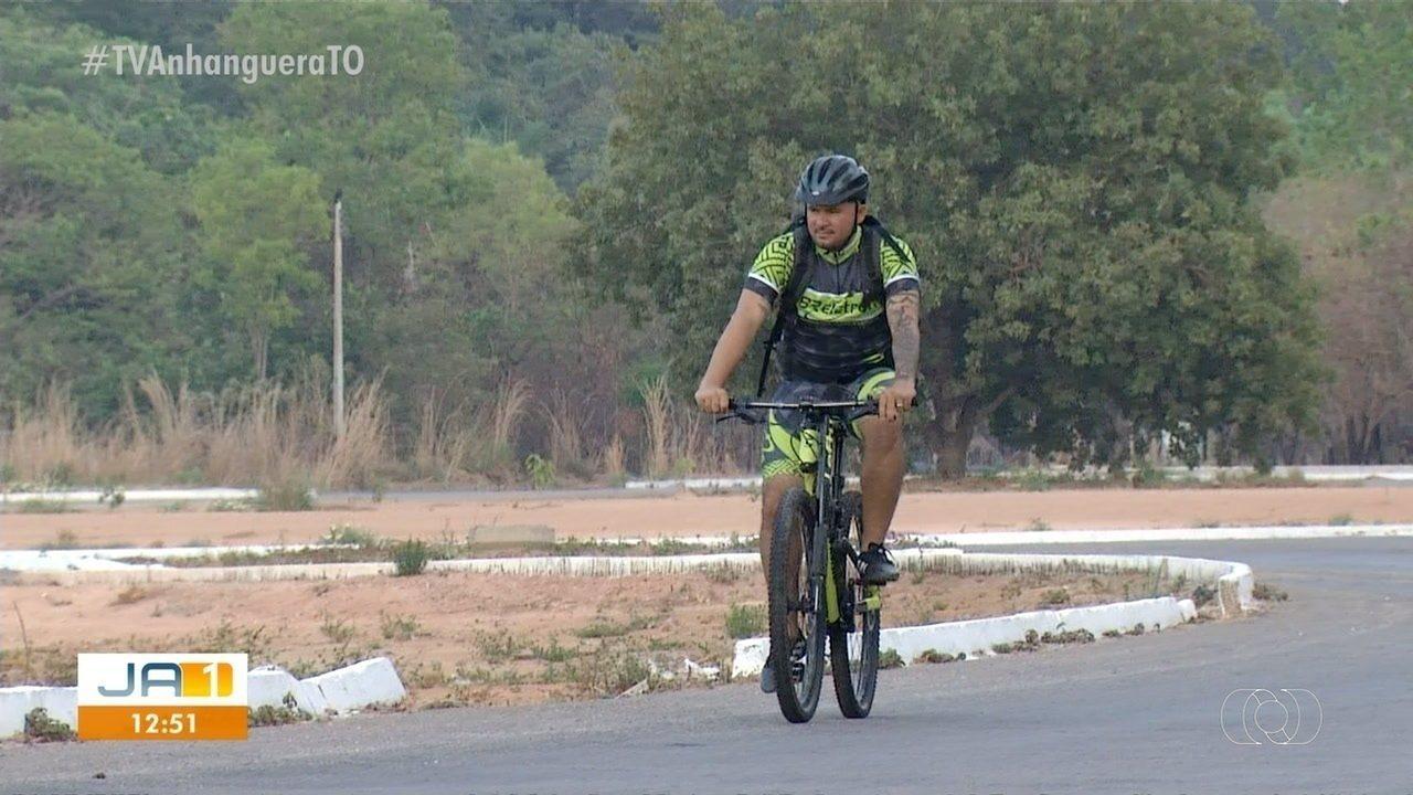 Compositor quer pedalar de Palmas até Goiânia para apresentar música a Gusttavo Lima