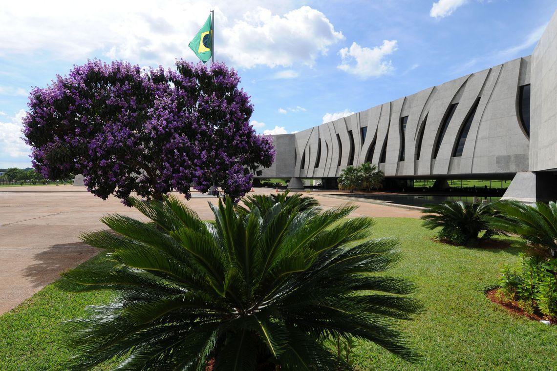 INSS deve pagar por afastamento de vítima de violência doméstica
