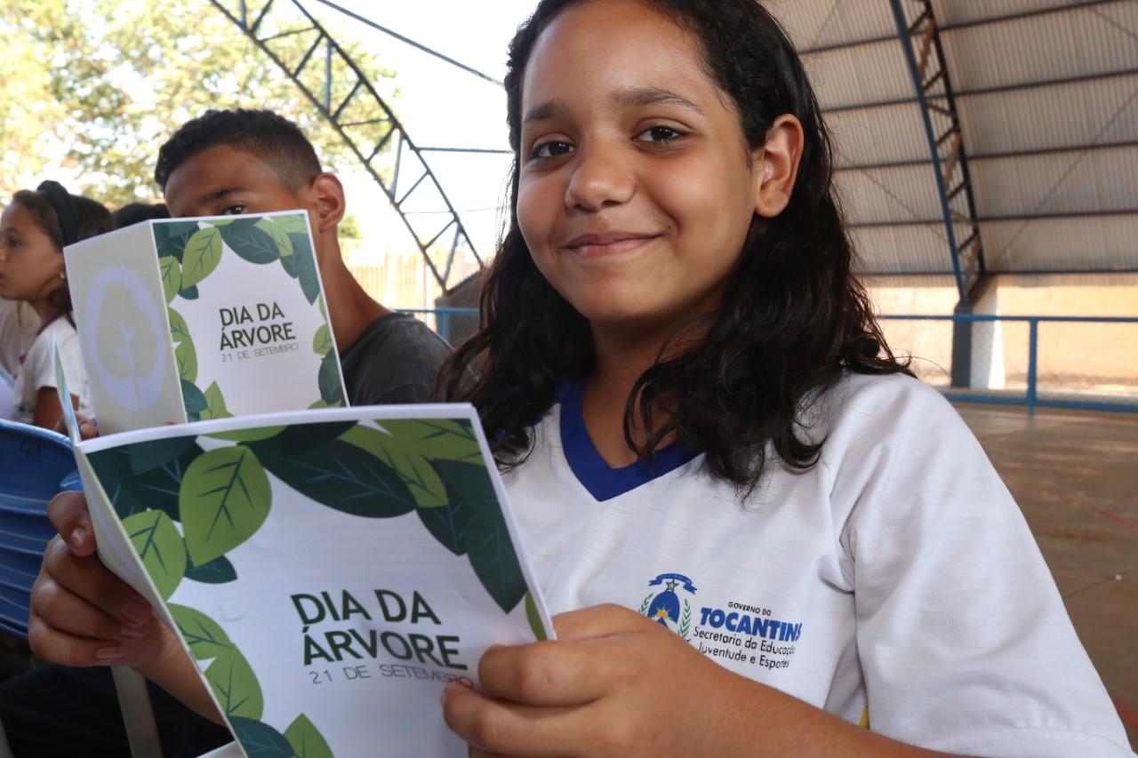 Ação do Dia da Árvore reúne parceiros em ação de conscientização ambiental