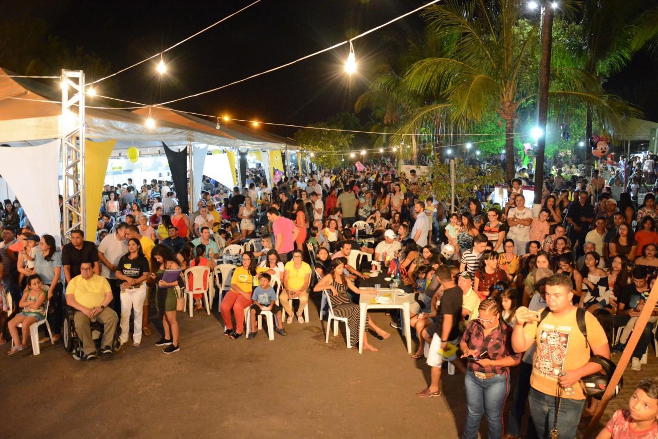 Com a presença de grande público, tem início o II Festival do Chambari em Paraíso