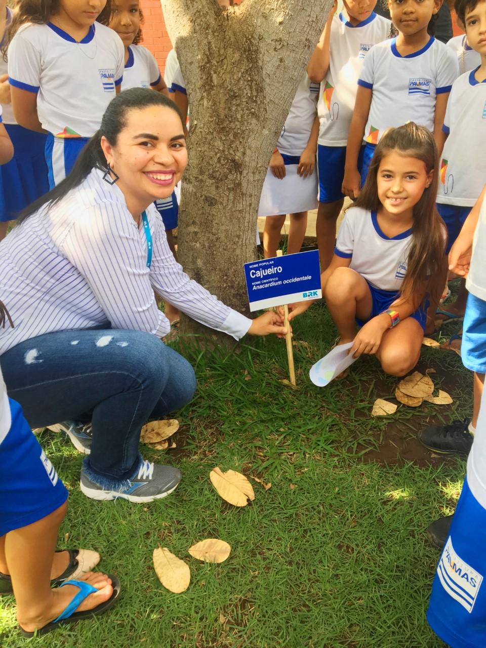 BRK Ambiental reúne crianças para celebrar o Dia da Árvore em Palmas