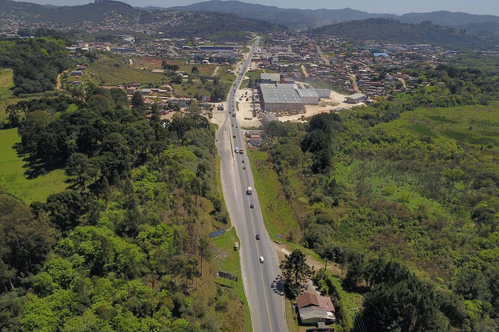 Aprovado projeto que dá autonomia e segurança jurídica aos Municípios com construções em rodovias