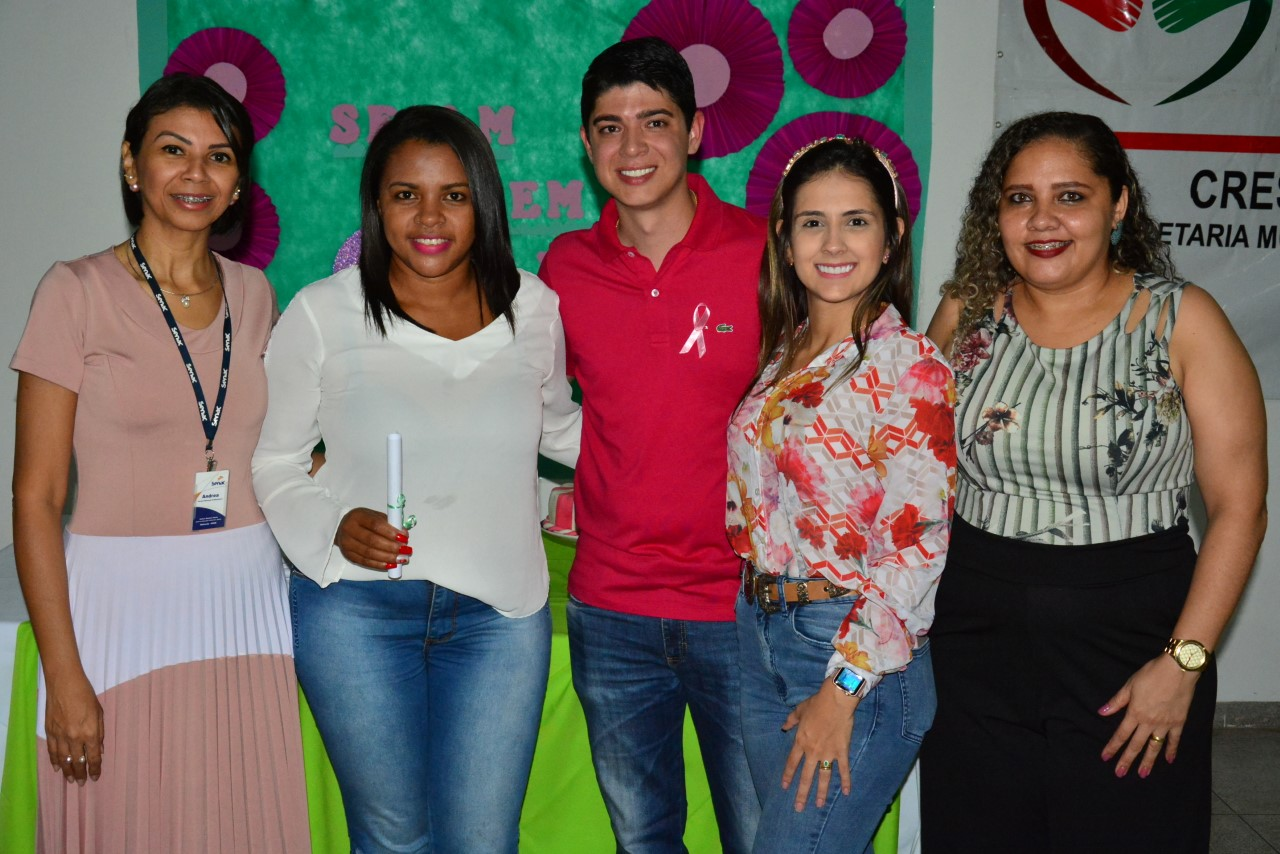 54 participantes recebem certificados de cursos de qualificação profissional da prefeitura de Paraíso