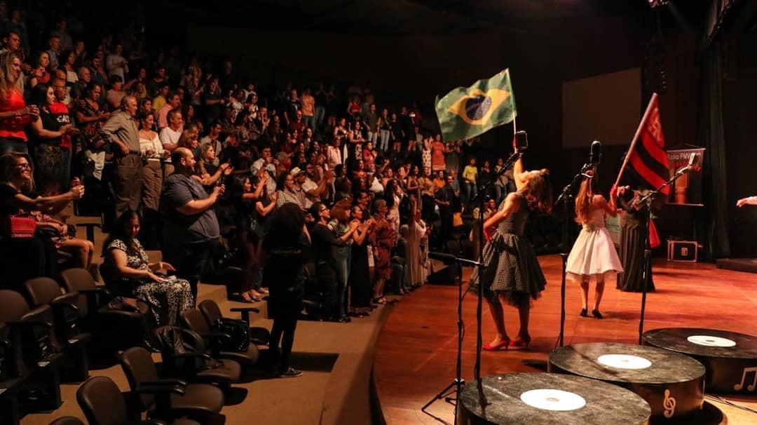 """Musical """"A Hora do Ary"""", da cantora Mara Rita, será apresentado neste fim de semana, em Palmas"""