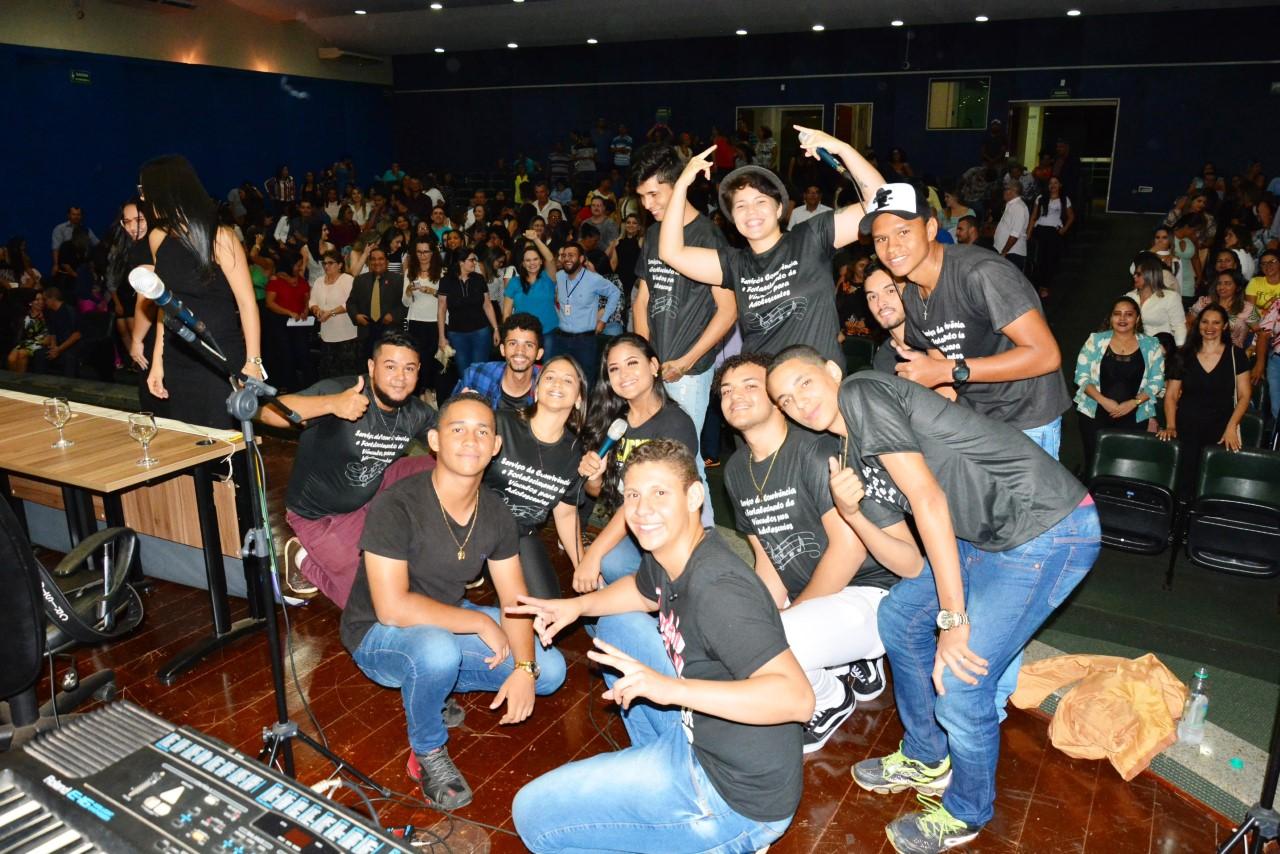 Adolescentes do SCFV de Paraíso se apresentam na Conferência Estadual de Assistência Social