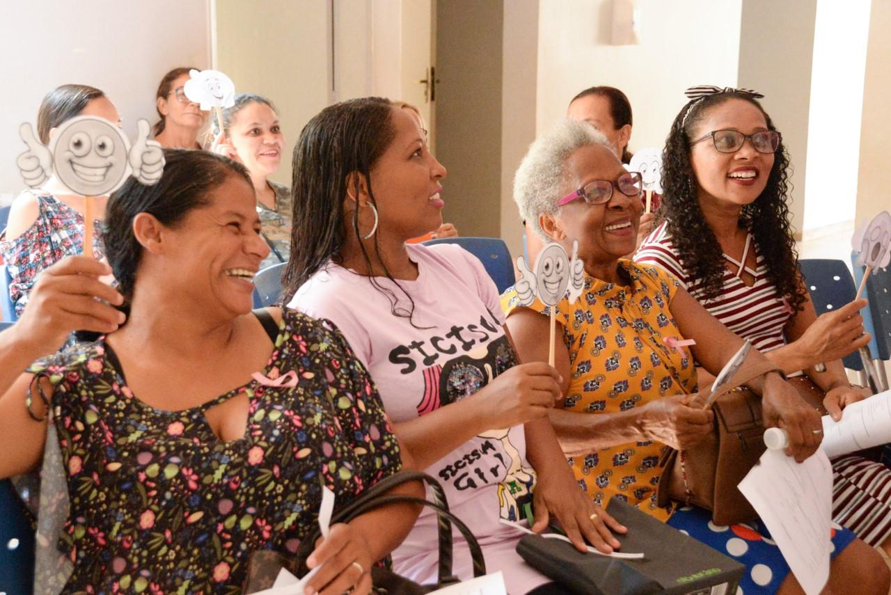 Sábado dedicado à promoção da saúde da mulher e prevenção aos cânceres e infecções sexualmente transmissíveis
