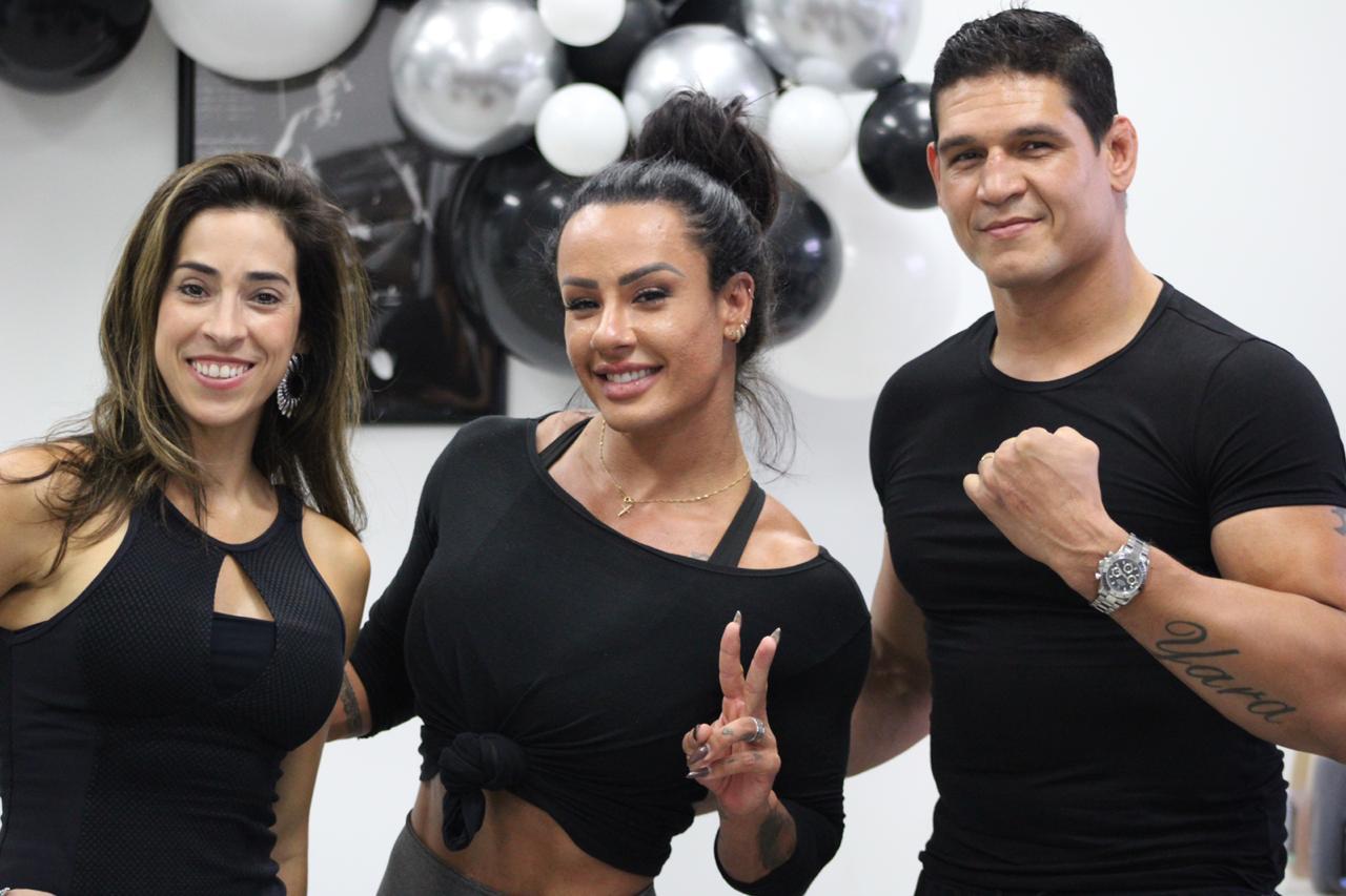 Sue Lasmar desafia Cézar Mutante do MMA a fazer pilates