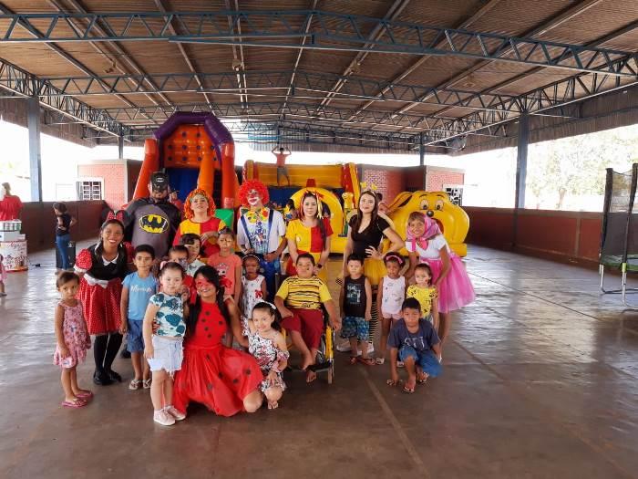 Personagens infantis e brincadeiras garantem muita alegria no 'Dia D' de vacinação contra o sarampo em Pium