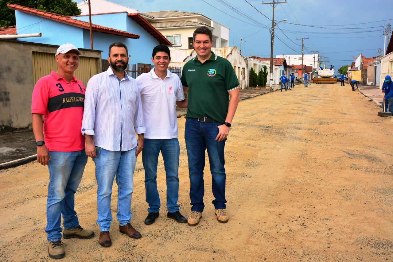 Prefeitura de Paraíso inicia recapeamento asfáltico em ruas da cidade