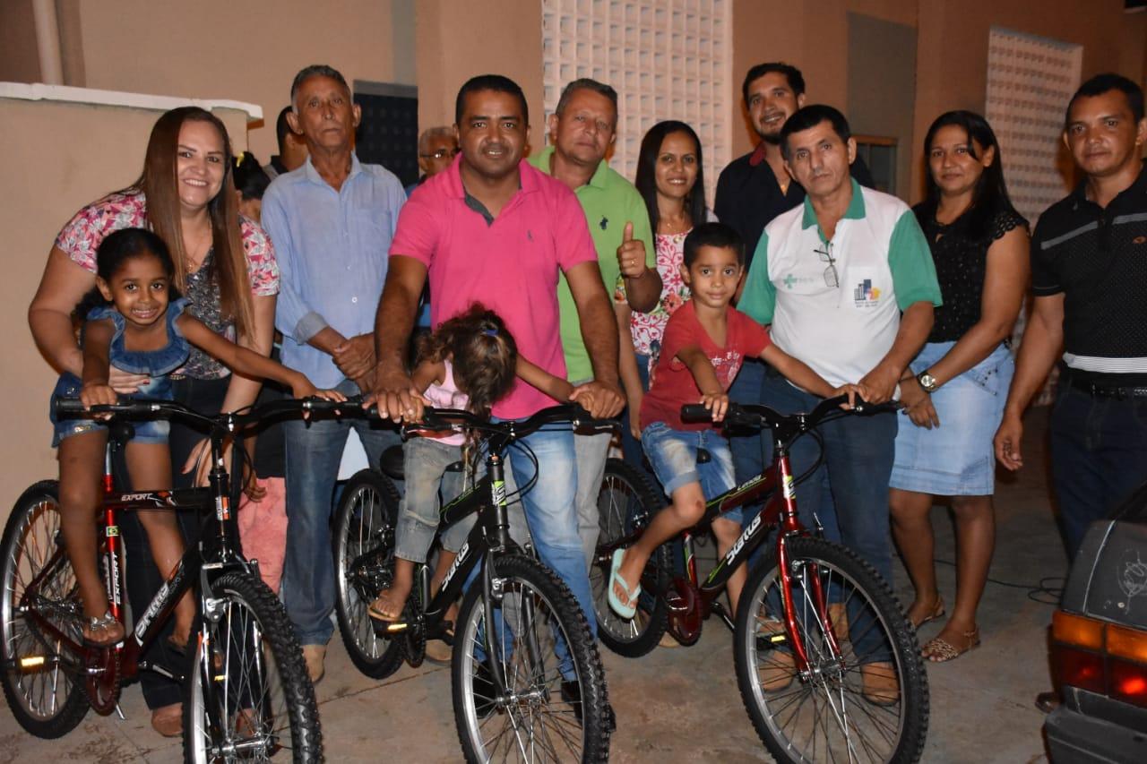 Prefeitura de Pugmil realiza grande festa em comemoração ao Dia das Crianças
