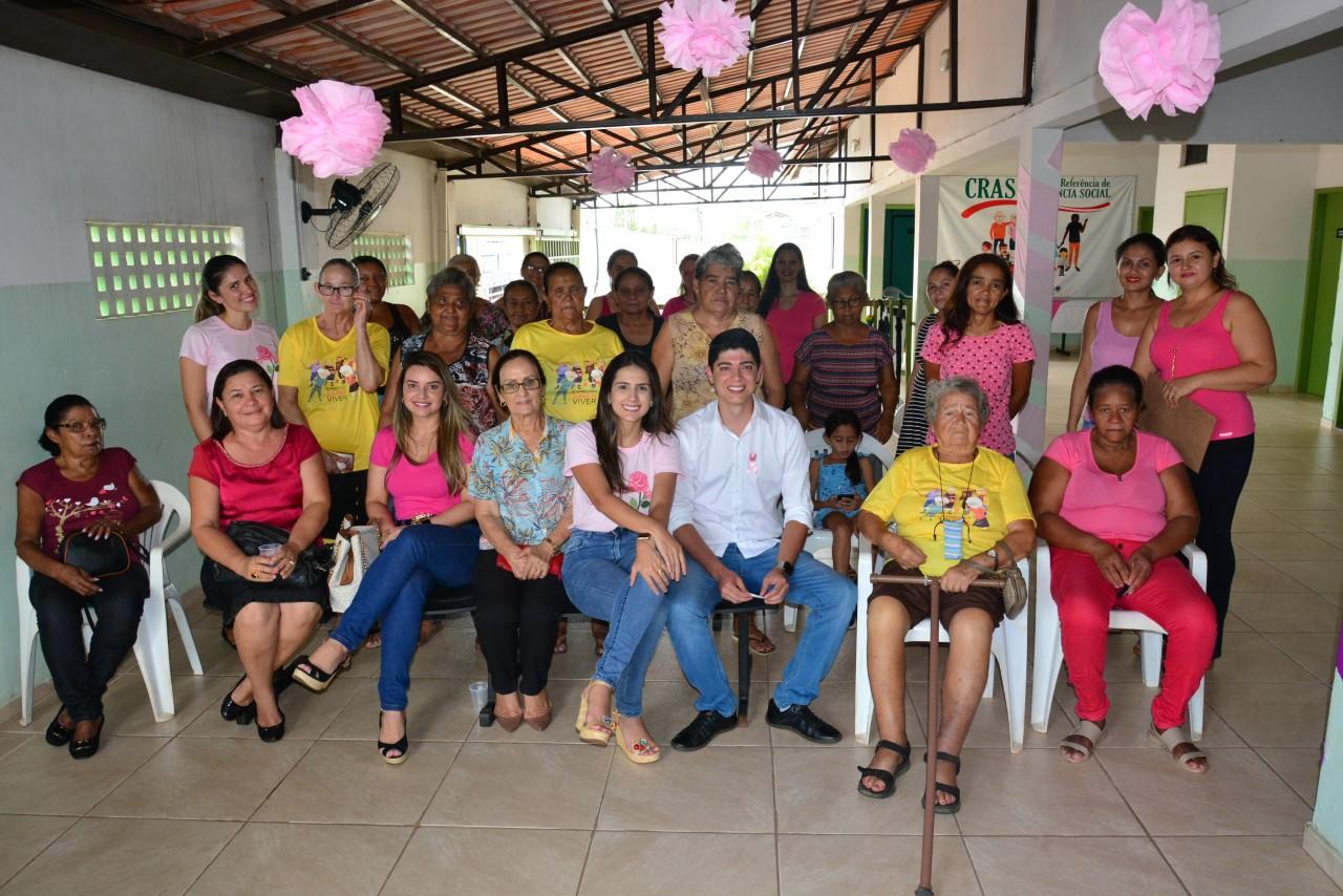 CRAS do Setor Oeste realiza palestra de prevenção ao câncer de mama e câncer de colo do útero