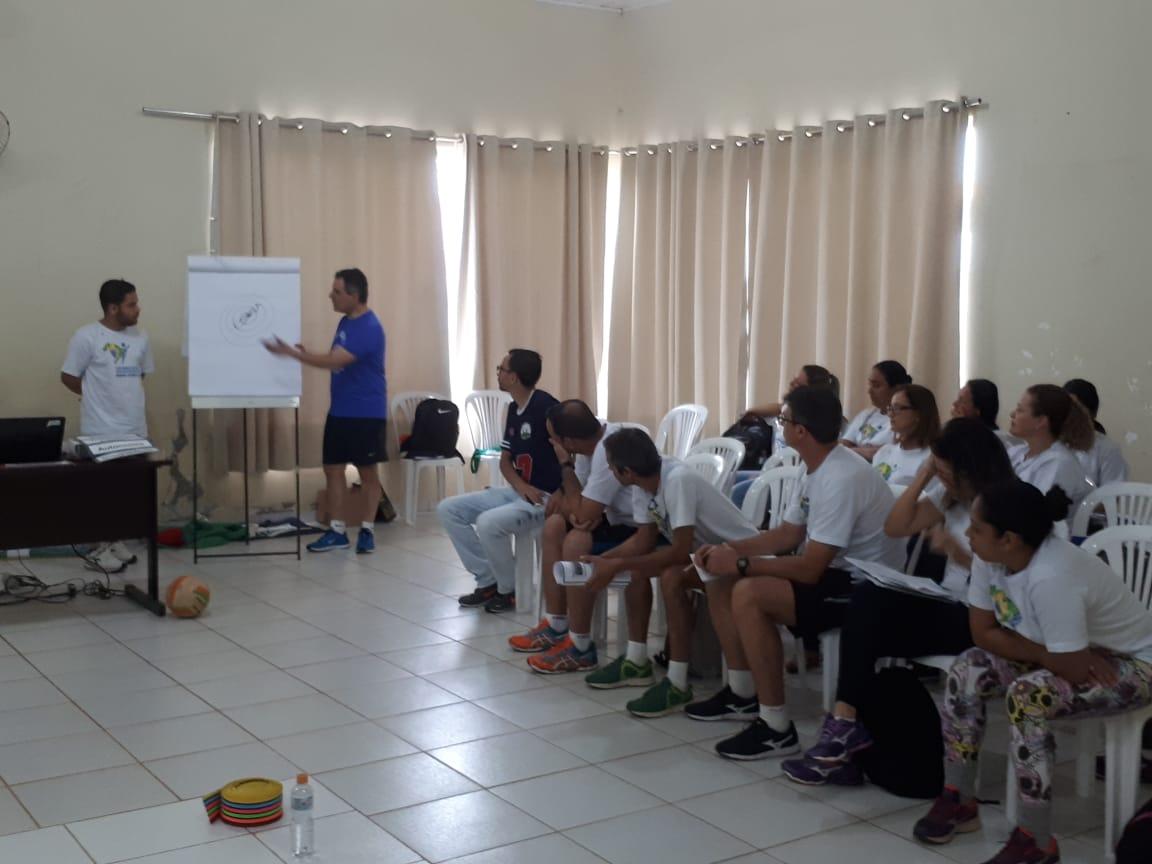 IEE realiza terceiro encontro de formação do ano para professores de Porto Nacional (TO)