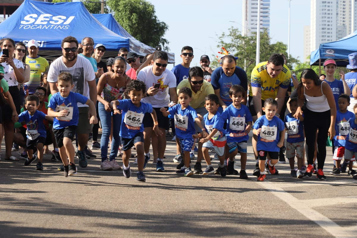 SESI comemora Dia das Crianças com corrida; cerca de 800 atletinhas participaram em Palmas
