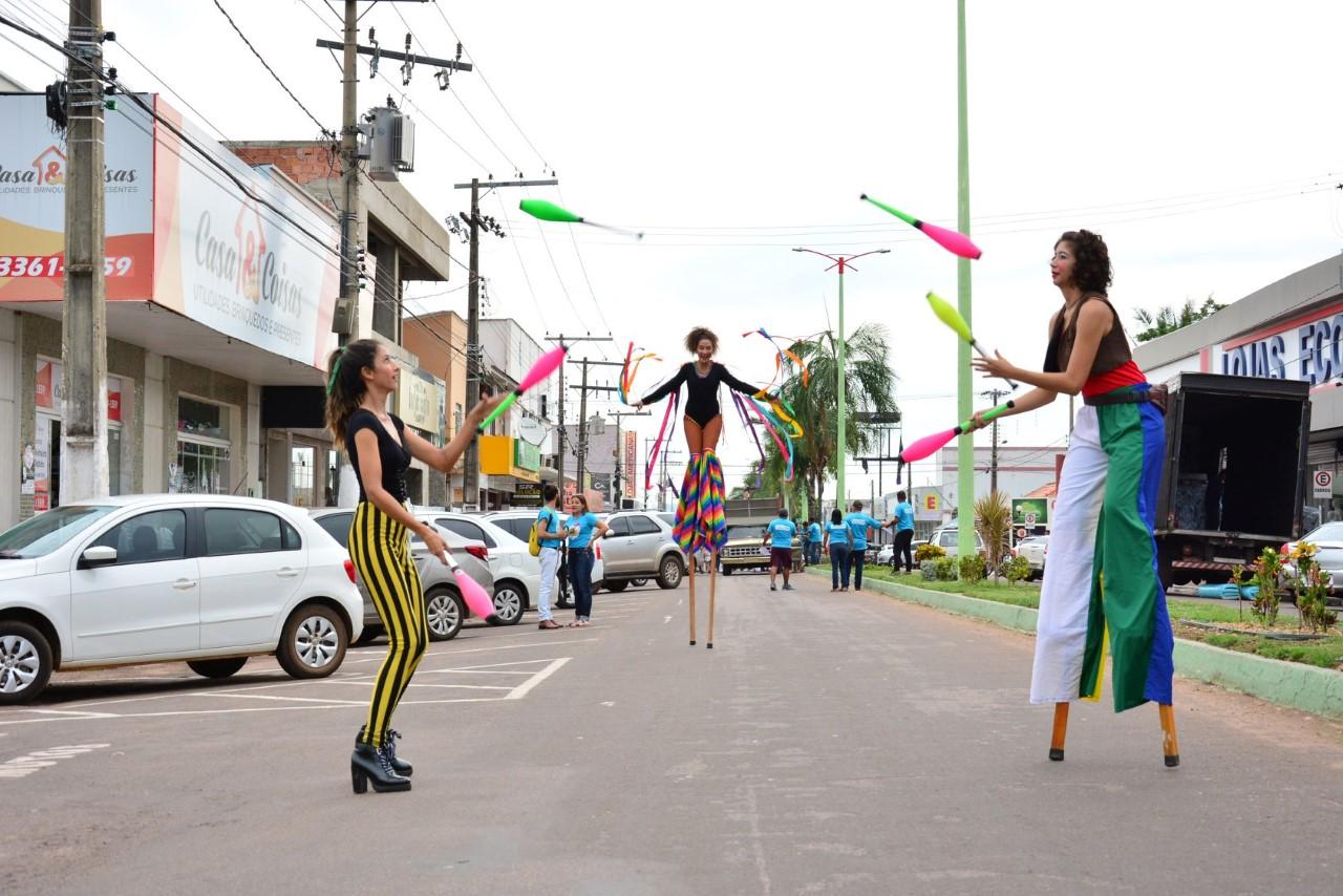 Marcha Cultural abre programação de 56 Horas de Cultura em Paraíso