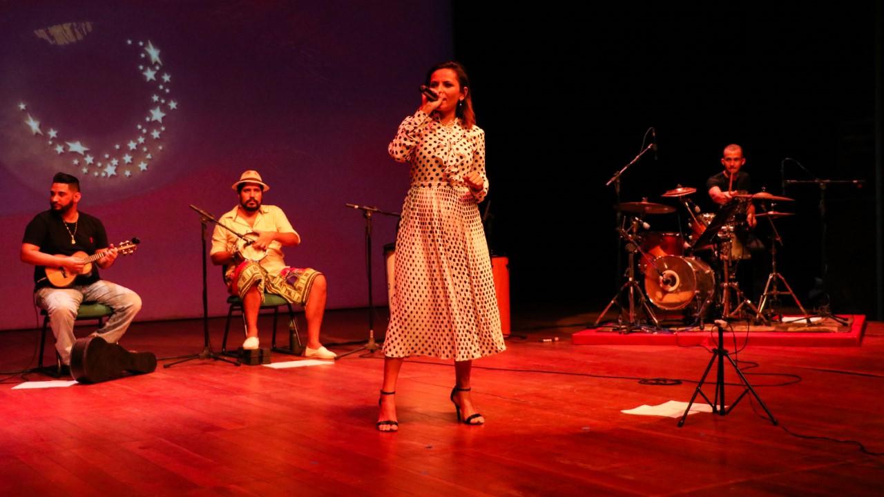 Grandes cantoras do samba são homenageadas em mais uma edição do Quarta Clássica