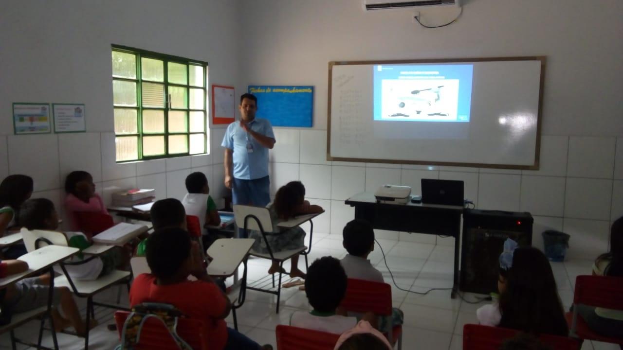 BRK Ambiental realiza palestras sobre educação ambiental em escolas do Bico do Papagaio