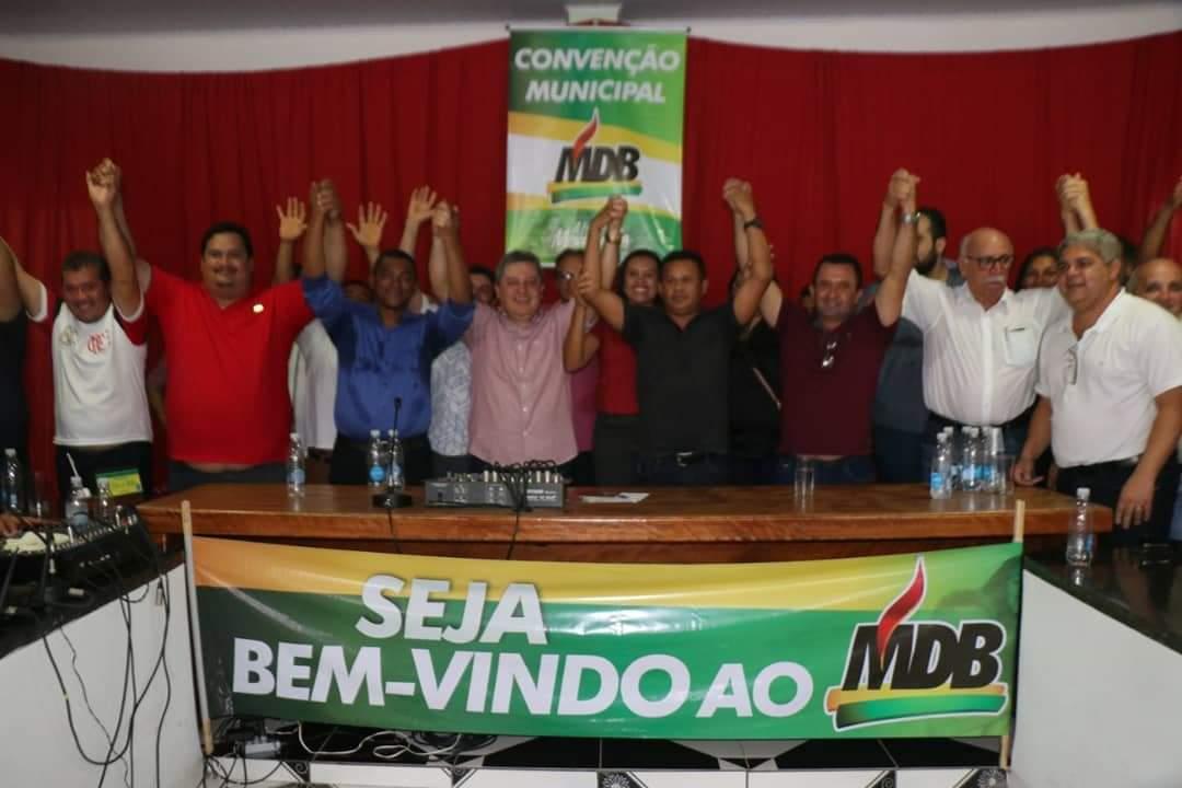 Dulce Miranda parabeniza novos filiados ao MDB no Tocantins