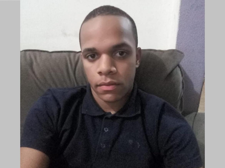 Jovem que morreu esfaqueado dentro de igreja em Palmas sonhava em ser pastor