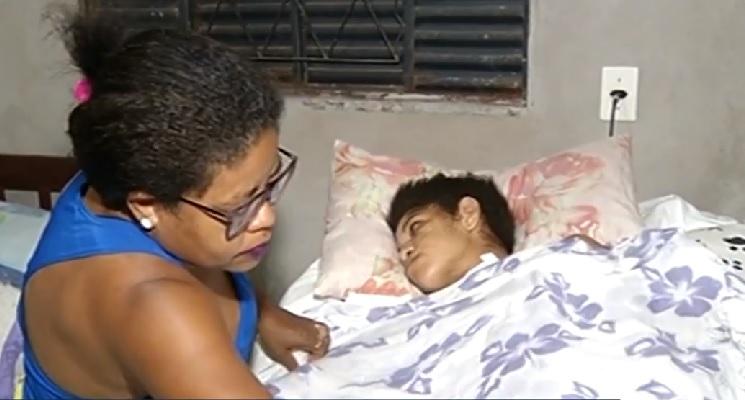 Mulher fica em estado vegetativo após ser esfaqueada pelo ex-companheiro no sul do Tocantins
