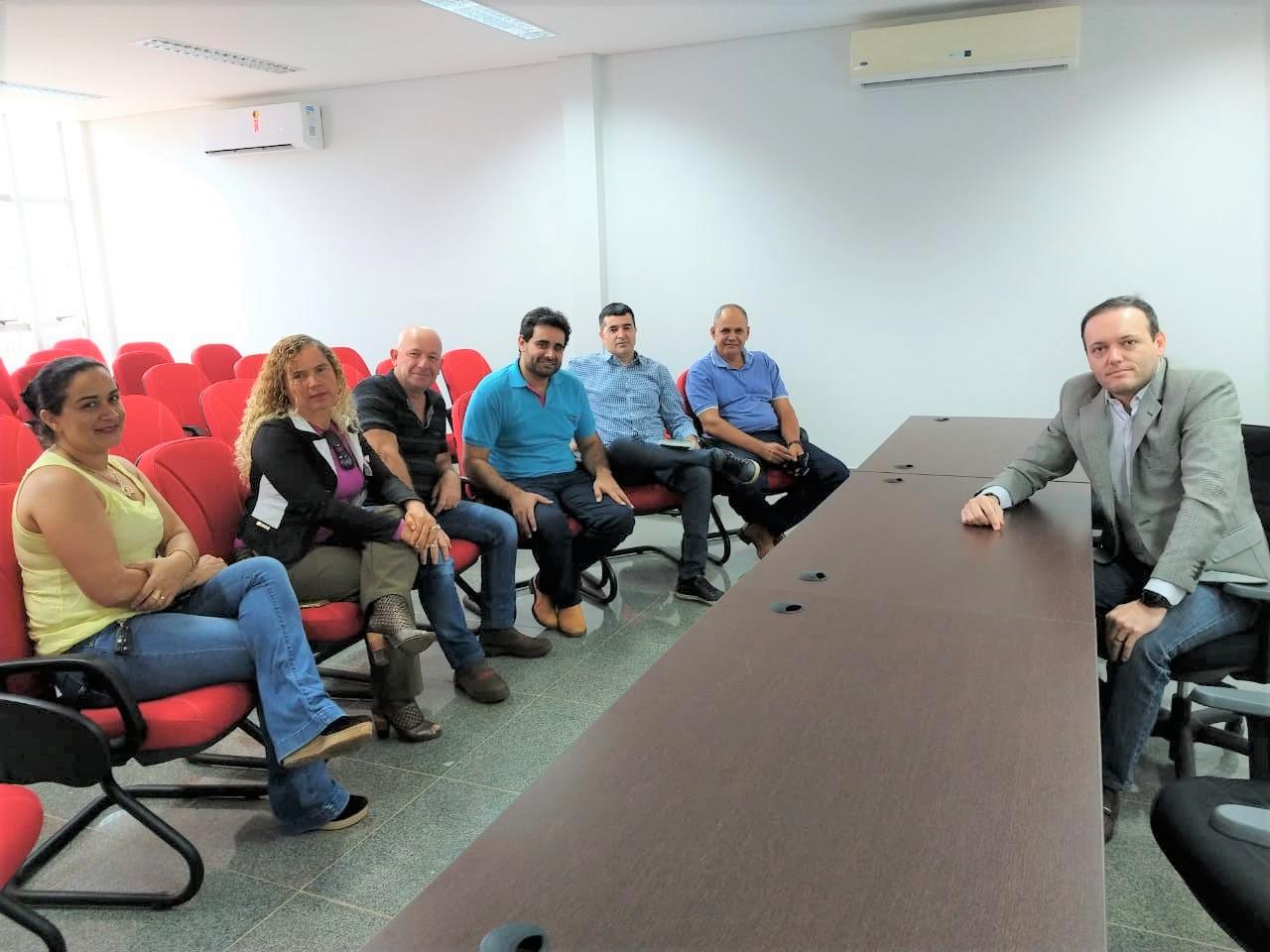 Representantes dos municípios de Pedro Afonso, Bom Jesus e Tupirama participam de audiência sobre controle sanitário