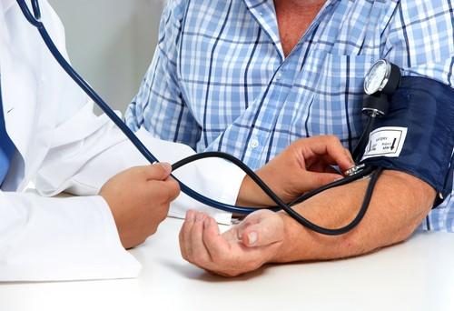Estados e municípios têm até domingo (01) para informar gastos com saúde