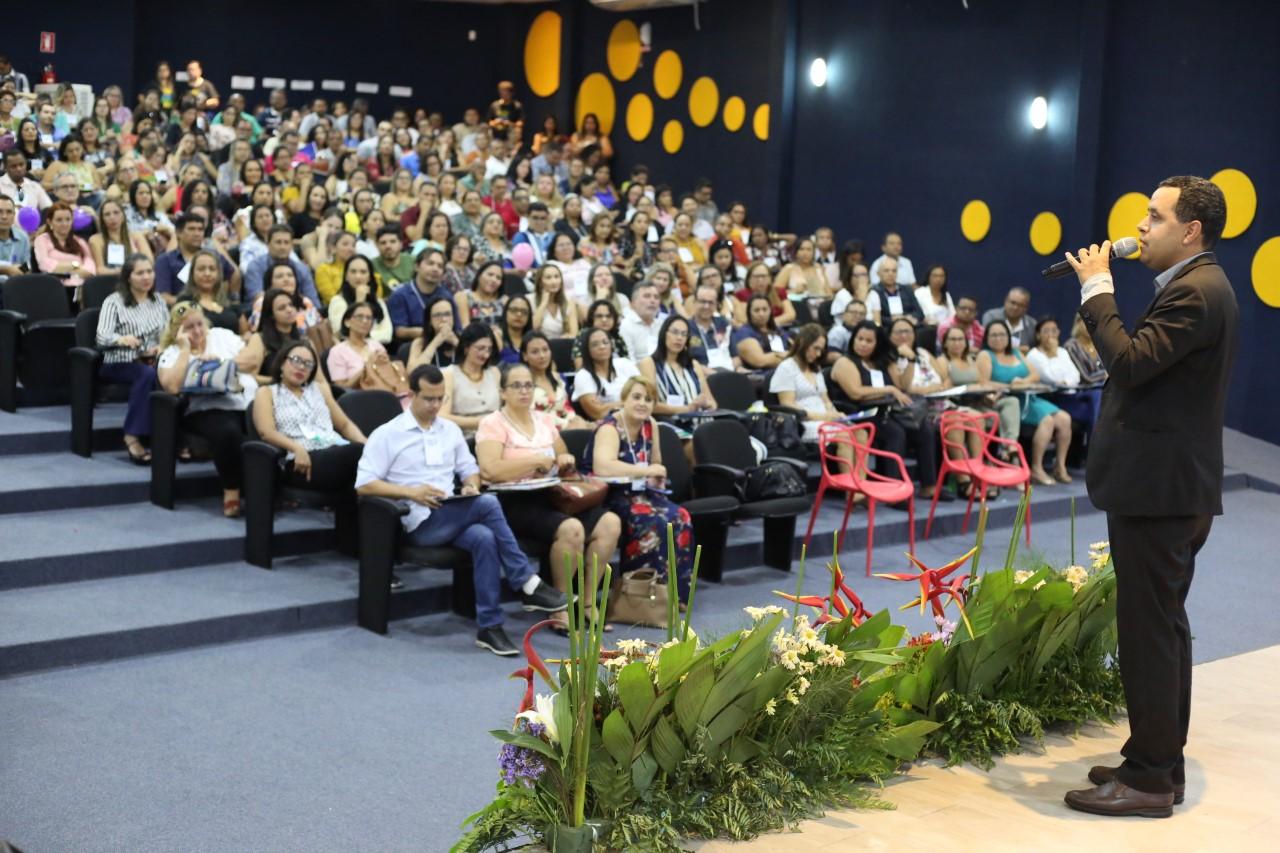 Seduc reúne todos os diretores escolares no I Seminário de Líderes Educacionais