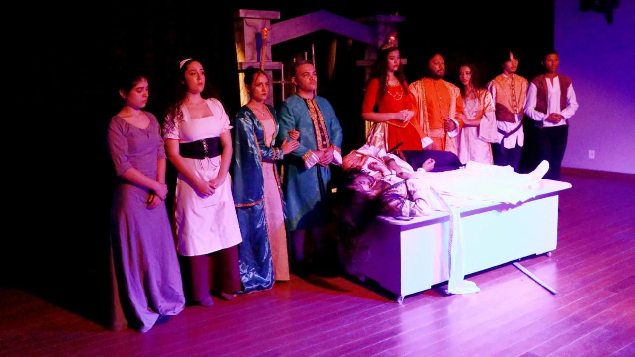 Peça 'Romeu e Julieta' encerra 'Mostra Itinerante de Teatro' neste final de semana na Capital