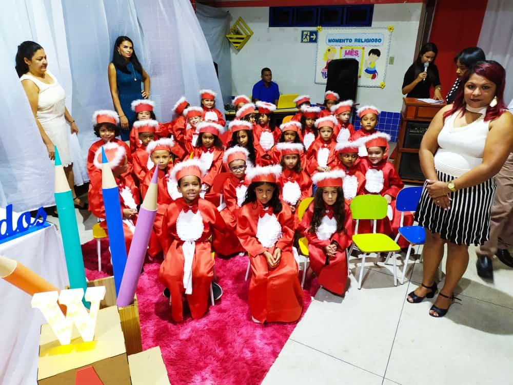 Alunos do CMEI Raio de Luz celebram formatura em Fátima
