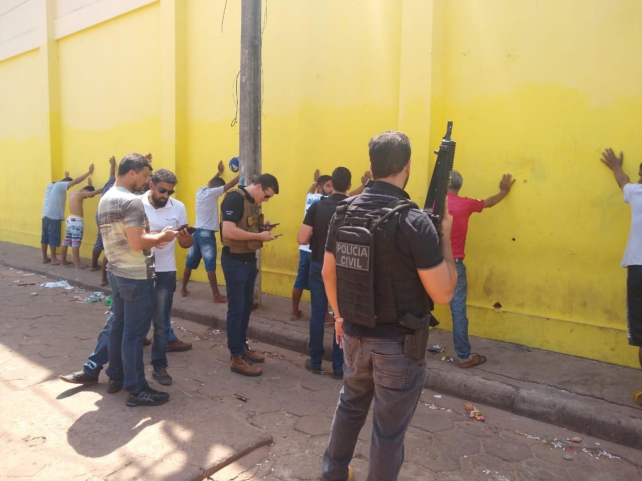 Polícia Civil indicia 14 pessoas por tráfico de drogas em Araguaína