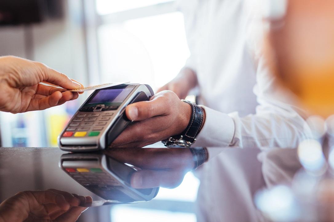 Pagar com NFC é seguro? Conheça mais sobre essa tecnologia