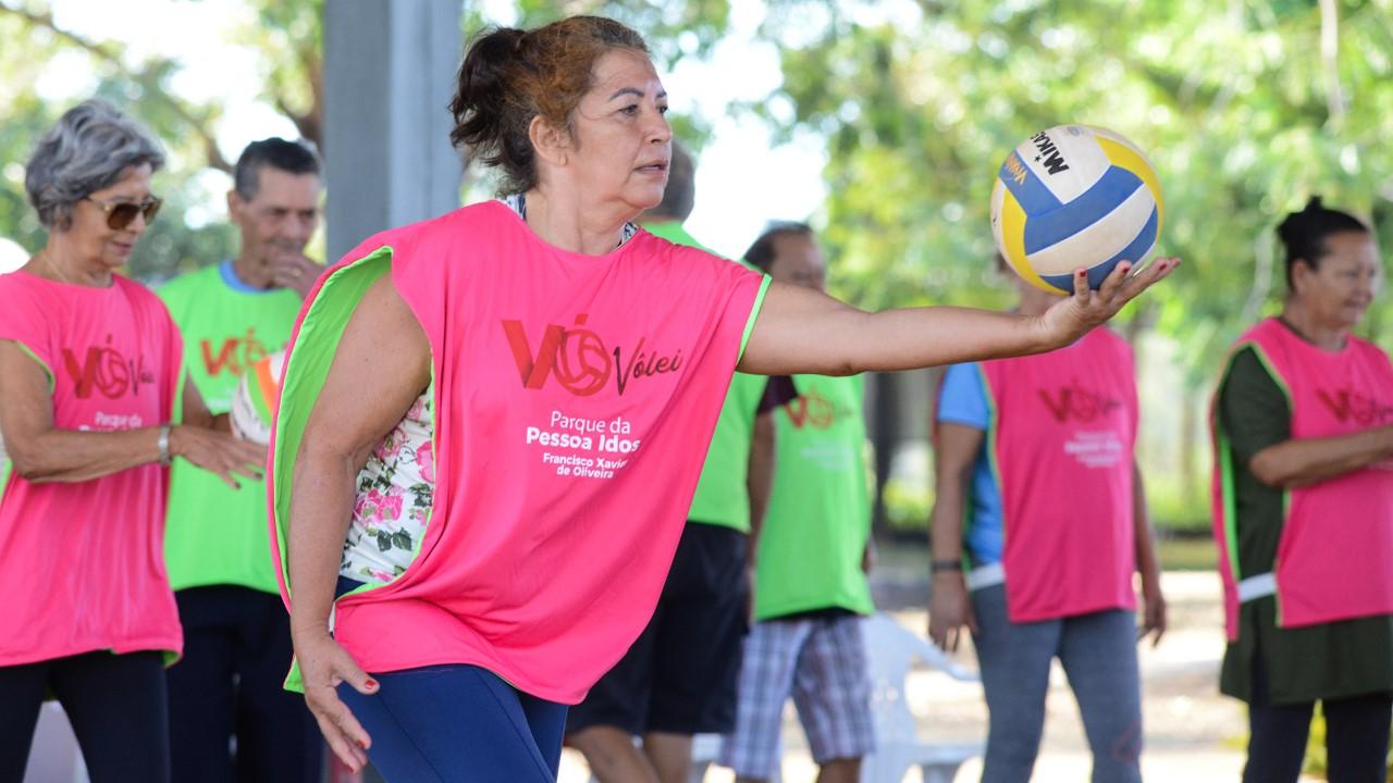 Fundesportes realiza 1º Torneio de Voleibol Adaptado da Terceira Idade de Palmas