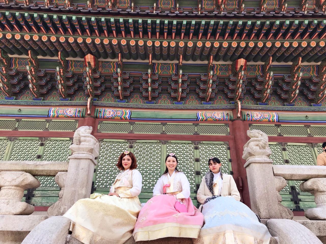 Yoo Na Kim mostra celebração do Ano Novo Lunar na Coreia do Sul