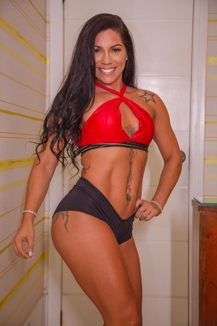 Analu Oliveira afirma estar em sua melhor fase e se destaca como influenciadora