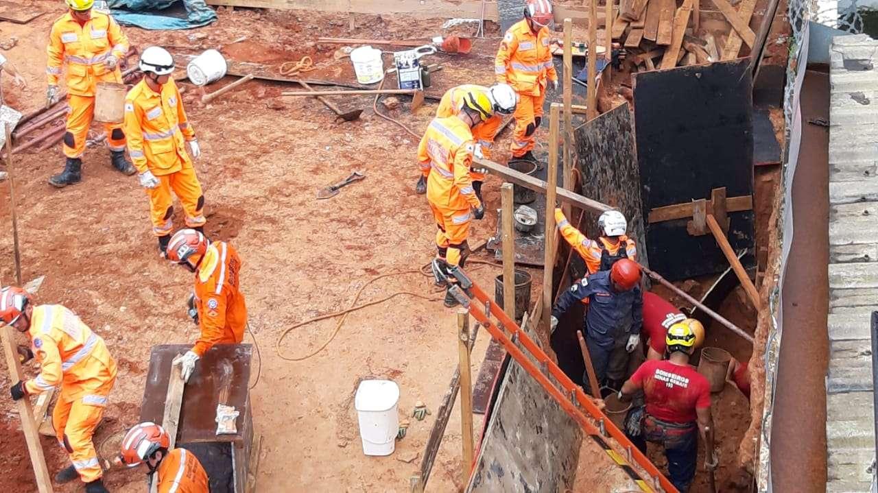 Duas pessoas são soterradas em obra de prédio no Bairro Serra, em BH