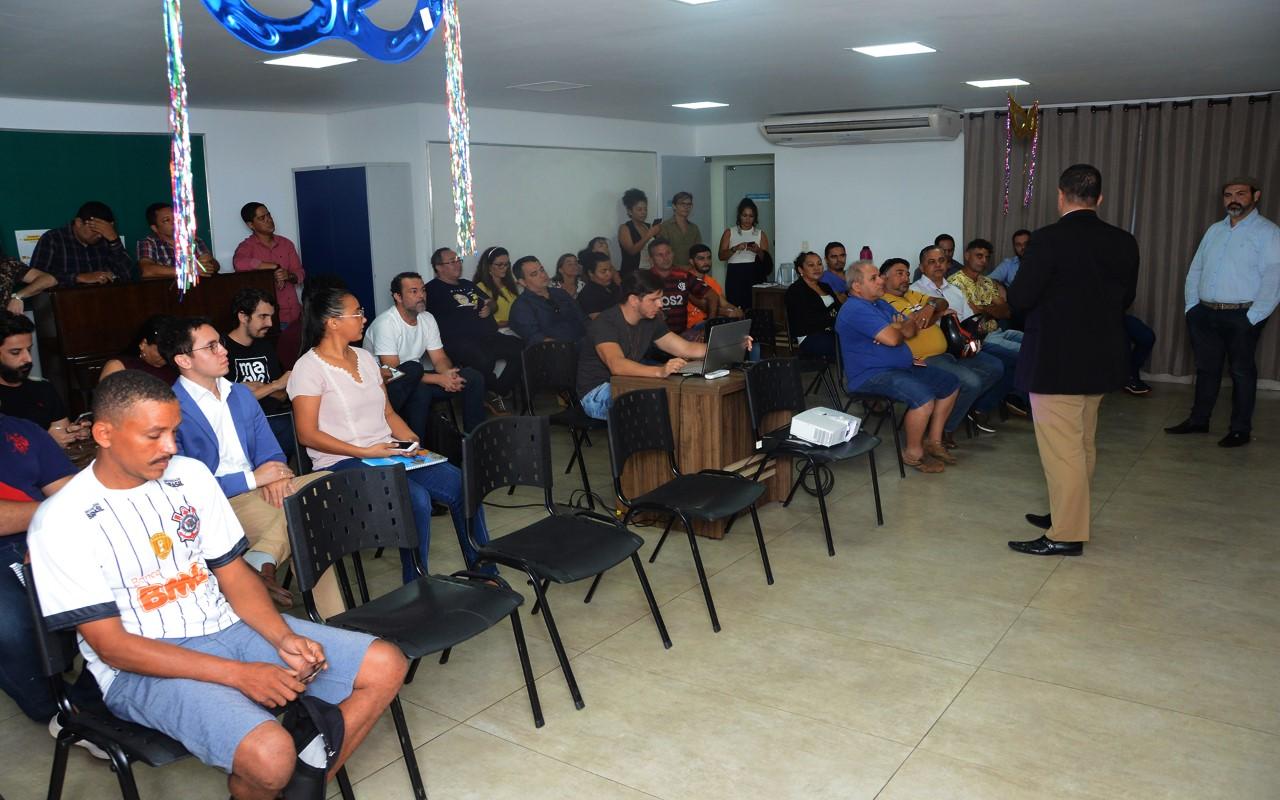 Fundação Cultural apresenta proposta para realização do Carnaval do Amor na Praia da Graciosa