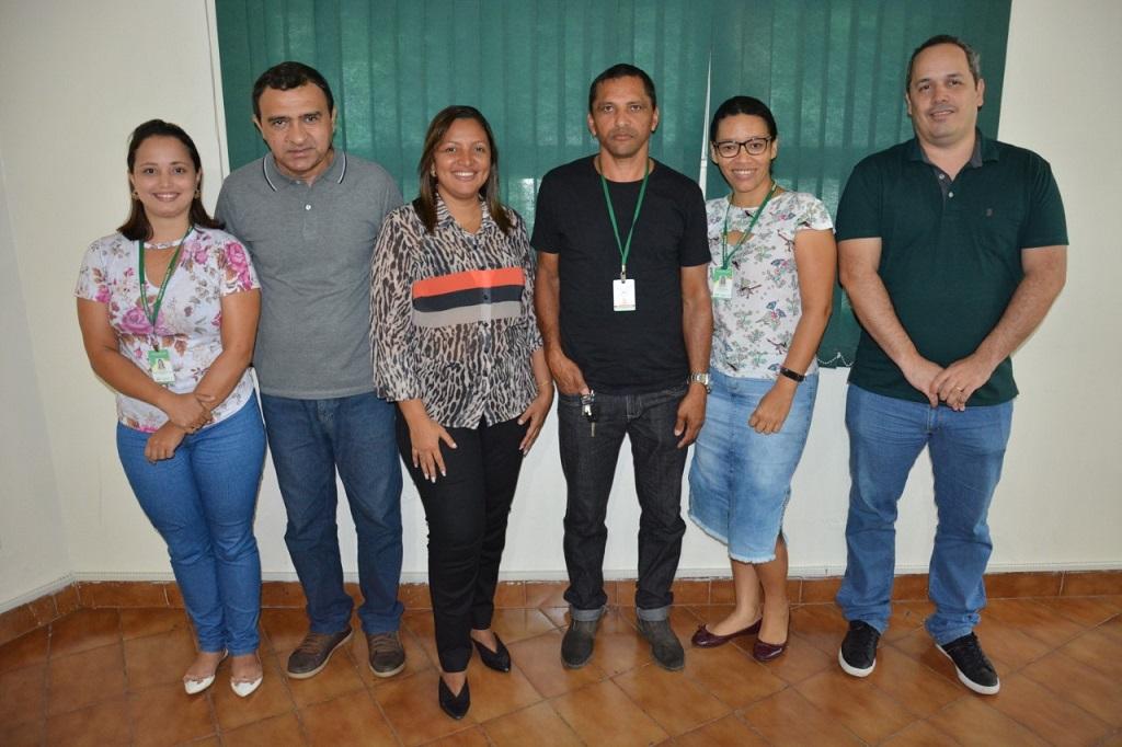 Setores de Meio Ambiente e Endemias de Paraíso promovem reunião sobre recolhimento de Pneus