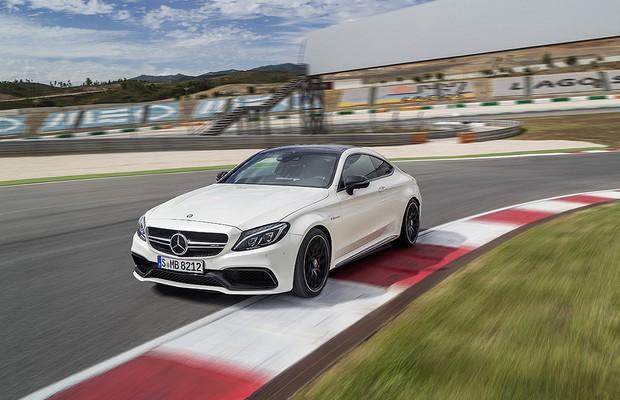 Modelo da Mercedes-Benz será leiloado pela internet e pode chegar até 30% abaixo da tabela