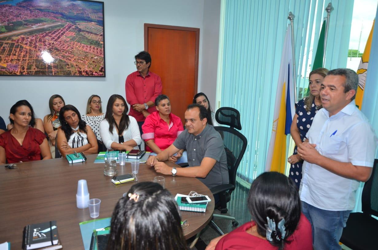 Prefeito Joaquim Maia empossa novos gestores educacionais do Município
