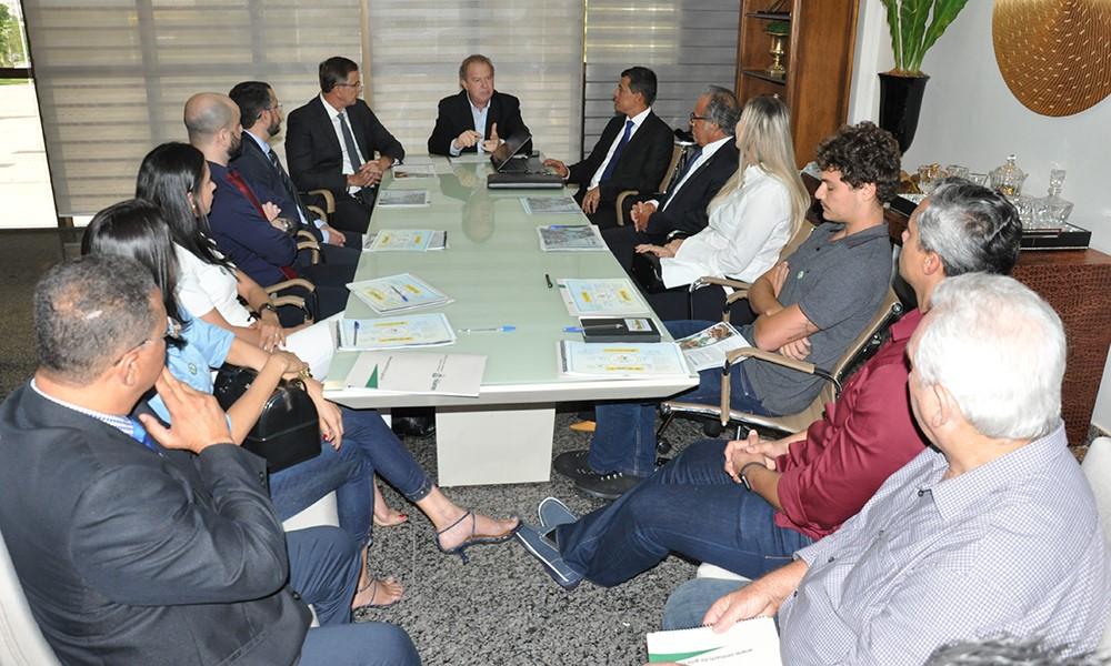 Governador Mauro Carlesse apresenta programa Pátria Amada Mirim para empresários do Tocantins