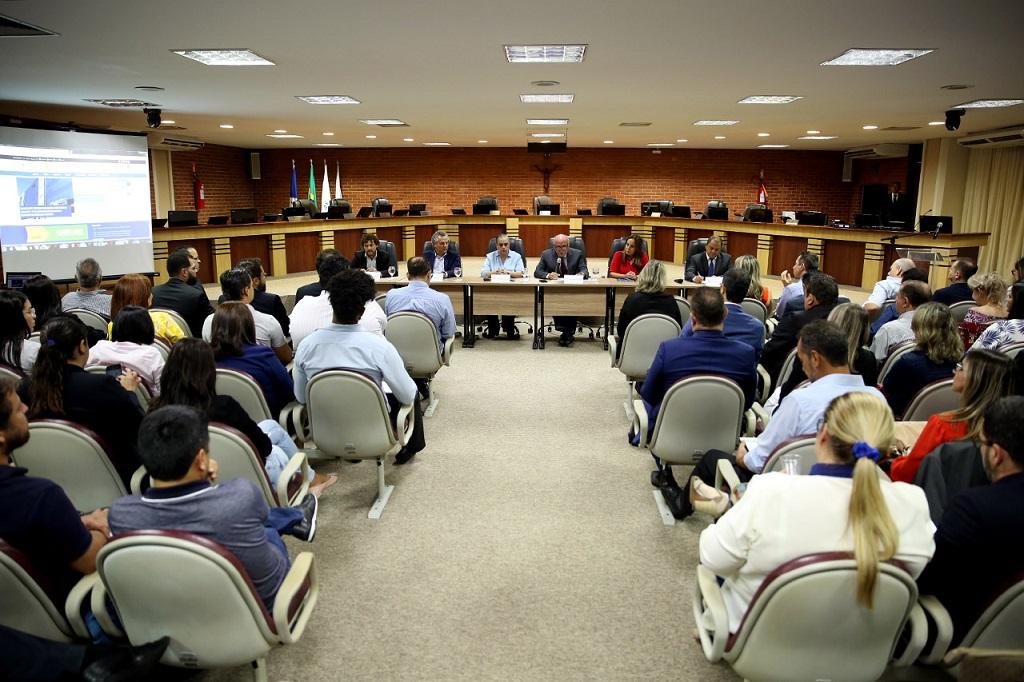Em reunião no TJTO, presidente Maia Neto garante que o e-Proc Nacional otimizará trabalho de magistrados e servidores