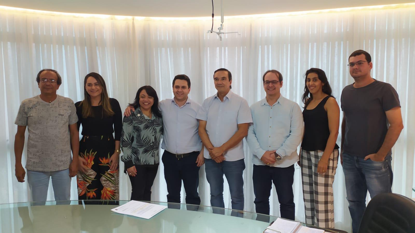 Tiago Dimas acompanha projetos escolhidos na seleção pública de emendas parlamentares em Palmas