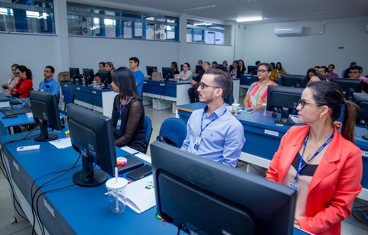 Prefeitura de Gurupi promove curso de capacitação em licitação para servidores da administração