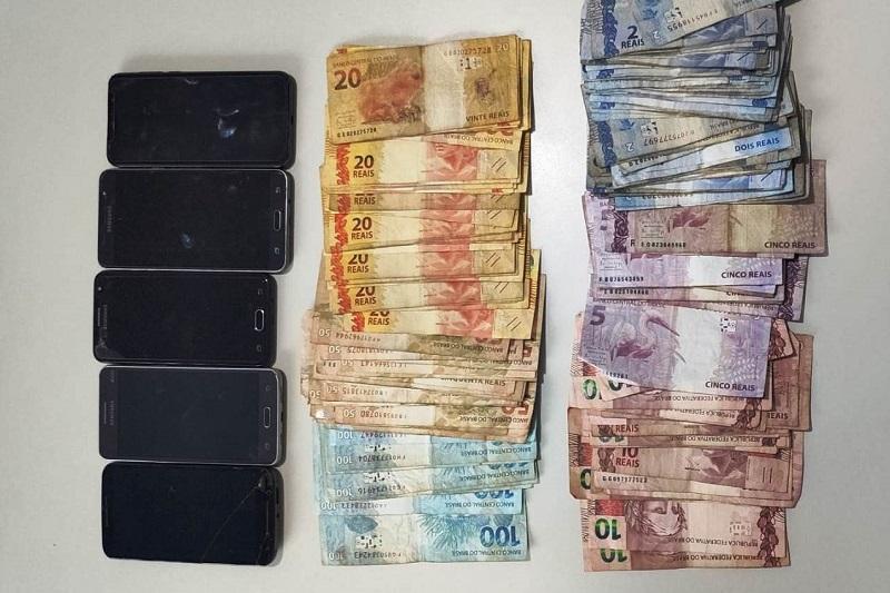 Polícia Civil prende em Pugmil dois homens por tráfico de drogas e posse ilegal de arma de fogo