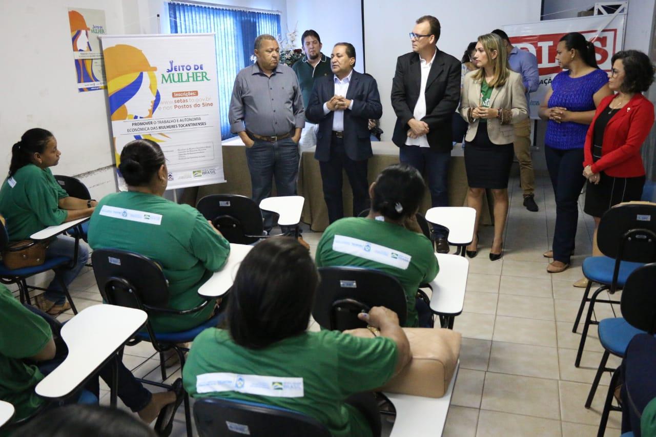 Governo inicia cursos voltados para mulheres em Gurupi