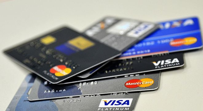 Cartão de crédito terá que usar cotação do dólar do dia da compra