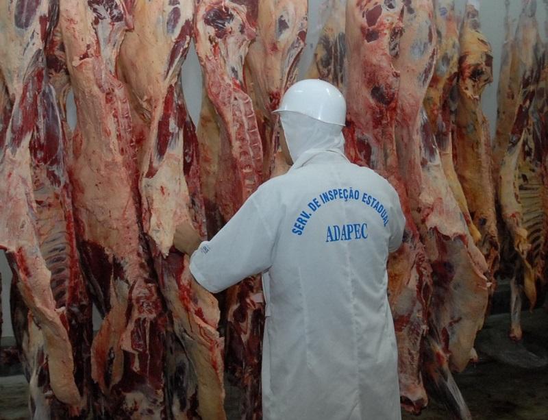 Adapec mantém inspeção e fiscalização nos frigoríficos para garantir segurança alimentar aos consumidores