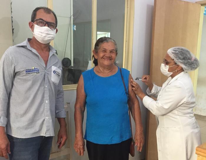 Prefeitura de Marianópolis promove vacinação contra gripe e mantém ações de prevenção à Covid-19