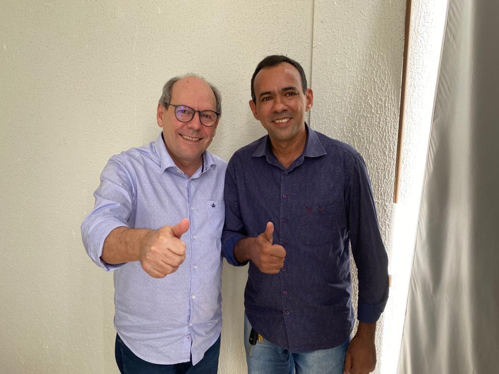 Pré-candidato, vice-prefeito Hélio do São Lucas se filia ao Podemos em Arapoema